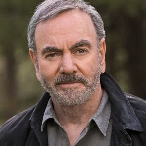 Neil Diamond Biography, Age, Height, Weight, Family, Wiki