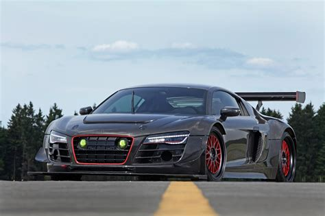 Audi R8 V10 Plus Gets a 950 HP Makeover Complete With
