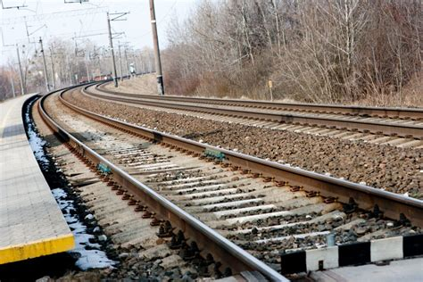 Lithuanian railways wins freight deal with Kazakh company