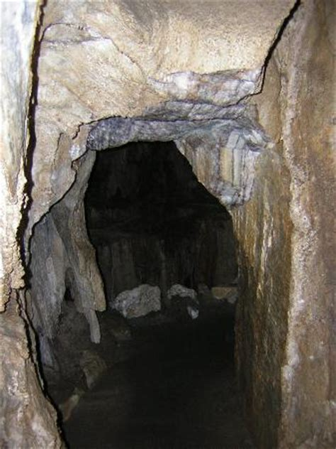 Crystal Cave (Sequoia and Kings Canyon National Park, CA