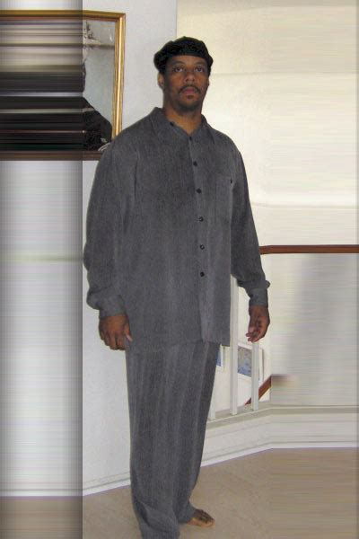"""Photographic Height/Weight Chart - 6' 1"""", 210 lbs"""