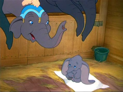 Dumbo Classic Disney Wallpaper Image for Galaxy Note