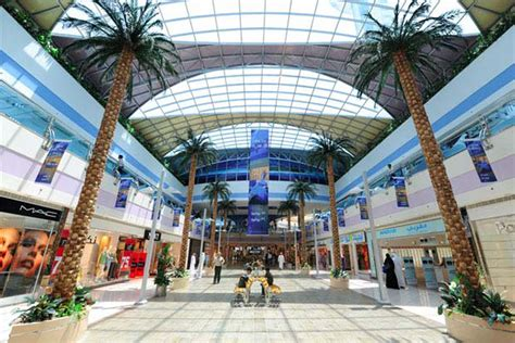 Marina Mall, A Shopping Mall in Abu Dhabi - Travelling Moods