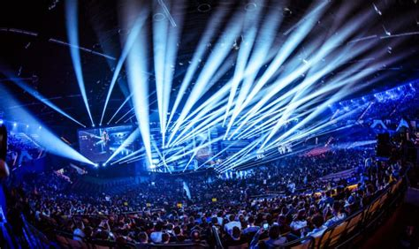 Intel and ESL Welcome 173,000 Fans at World's Biggest