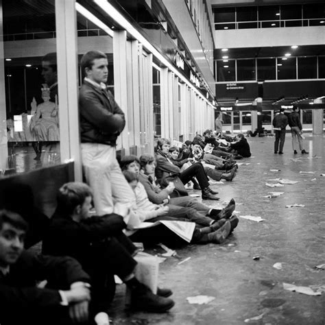 1970: Great Photos of Chelsea Fans Waiting For The FA Cup